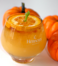 Halloween-drink-jack-o-lantern-cocktail