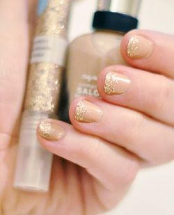 Glitterednails